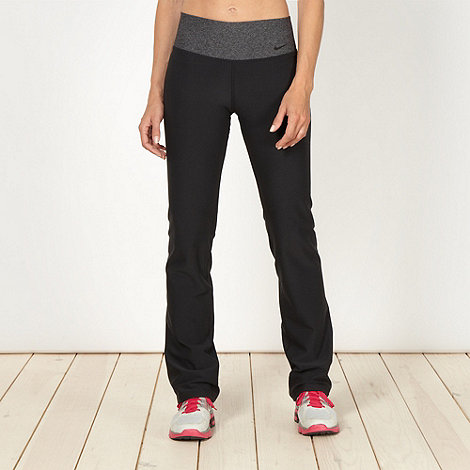 Nike - Black slim fit leggings
