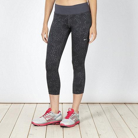 Nike - Black printed cropped leggings