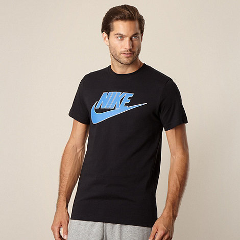 Nike - Black logo t-shirt