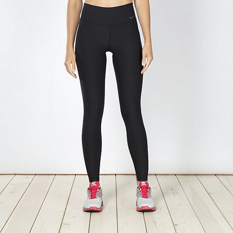 Nike - Black +Legend 2+ slim fit jogging bottoms