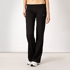 adidas - Black essential jogging bottoms