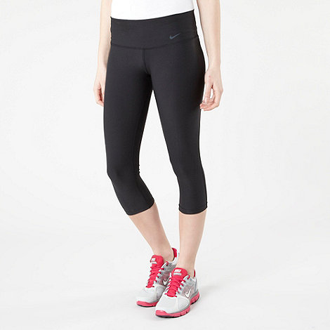 Nike - Black Legend tight capri pants