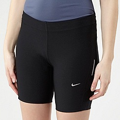 Nike - Black fitted side panel shorts