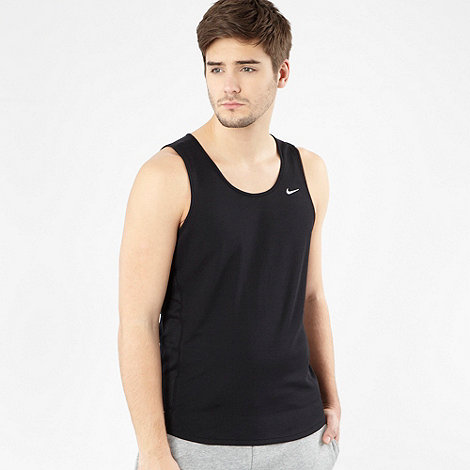 Nike - Black fitness vest