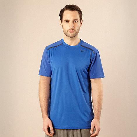 Nike - Blue striped shoulder t-shirt