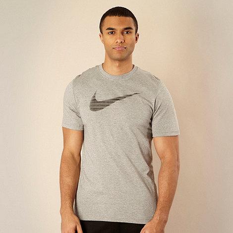 Nike - Grey shutter effect logo printed t-shirt