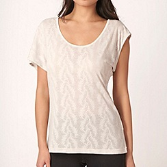 Nike - Cream burnout scoop t-shirt