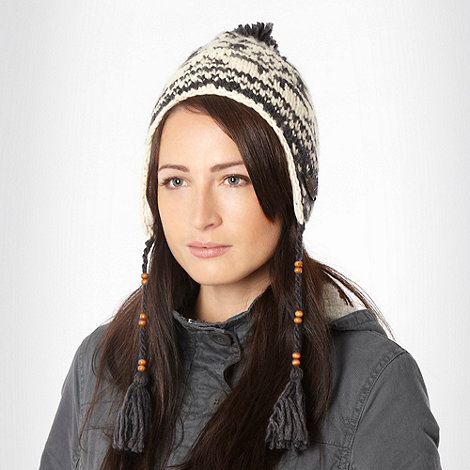 Animal - Cream fairisle knitted trapper hat
