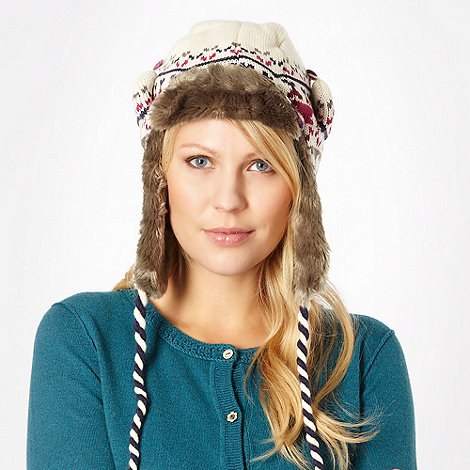 Animal - White fairisle knitted trapper hat