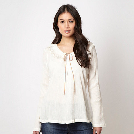 Weird Fish - White crinkle embroidered neck top