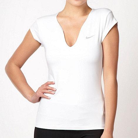 Nike - White slim fit tennis top