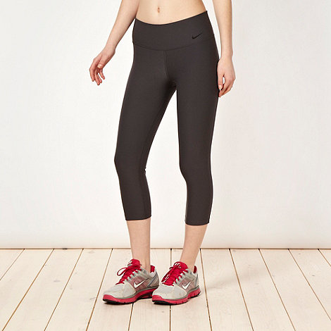 Nike - Dark grey +Legend+ tight capri pants