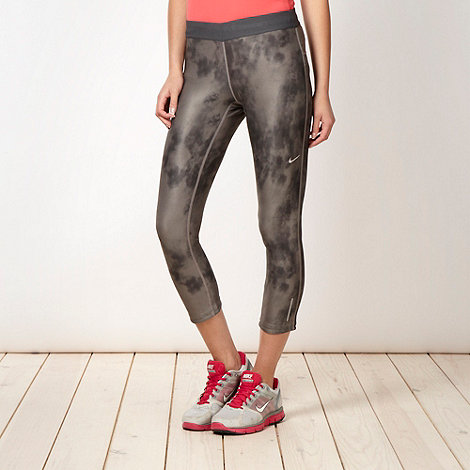 Nike - Grey tie dyed capri pants