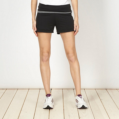 adidas - Black band waist shorts