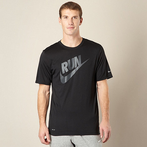 Nike - Black logo running t-shirt