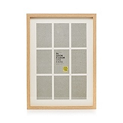 Home Collection Basics - Beige wood aperture photo frame
