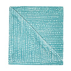 Home Collection Basics - Turquoise polka dot print fleece throw