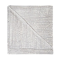 Home Collection Basics - Grey polka dot print fleece throw