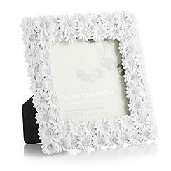 RJR.John Rocha - Designer wooden daisies photo frame