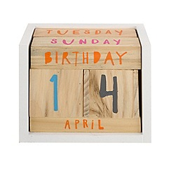 Ben de Lisi Home - Wooden calendar blocks ornament