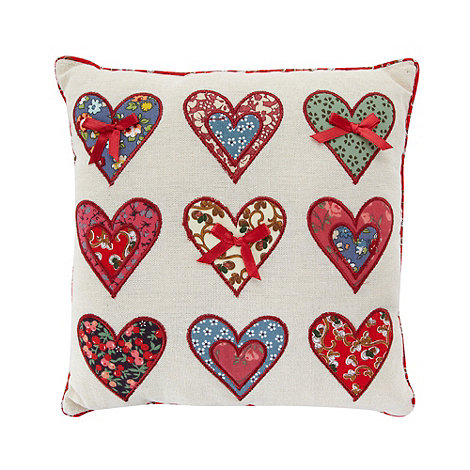 dotcomgiftshop - Natural applique heart scatter cushion