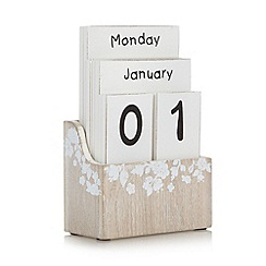 Debenhams - Wooden desk calendar