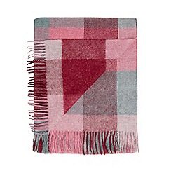 Bronte by Moon - Pink wool 'Shetland Rome' throw