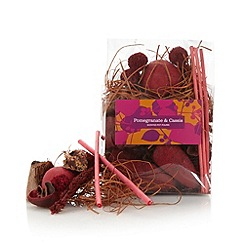 Debenhams - Pomegranate and Cassis scented pot pourri