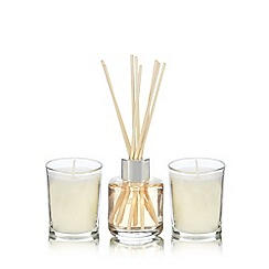 Home Collection - Vanilla votive candle and diffuser set