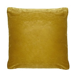 Home Collection - 50 x 50cm mustard velvet cushion