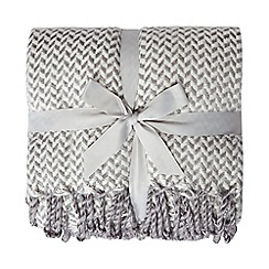 Home Collection - Grey herringbone throw