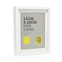 Home Collection Basics - White wooden box photo frame
