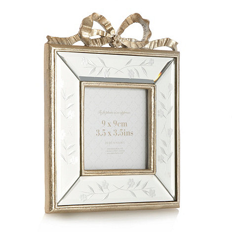 Home Collection - Gold venetian style bow frame