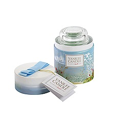 Yankee Candle - Green 'Coastal Living' large candle in a gift box