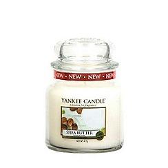 Yankee Candle - Classic 'Shea Butter' medium jar candle