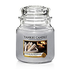 Yankee Candle - Medium 'Crackling Wood Fire' Christmas scented jar candle