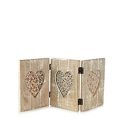 Sass & Belle - Wooden triple aperture heart photo frame