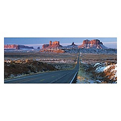 Innova - US 163 through Monument Valley glass art