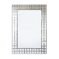 Innova - Bevelled Squares