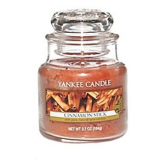 Yankee Candle - Classic small jar cinnamon stick