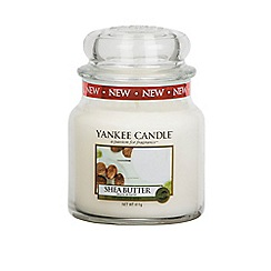 Yankee Candle - Classic 'Shea Butter' medium jar candle