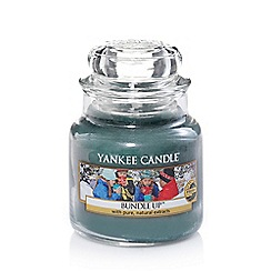 Yankee Candle - Classic 'Bundle Up' small jar candle