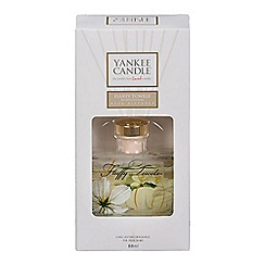 Yankee Candle - Signature reeds 'Fluffy Towels'