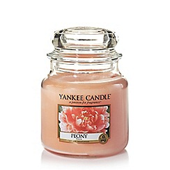 Yankee Candle - Classic 'Peony' medium jar candle