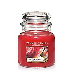 Yankee Candle - Classic 'Sweet Apple' medium jar candle