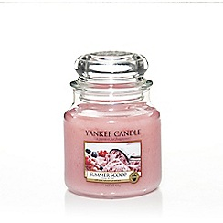 Yankee Candle - Classic 'Summer Scoop' medium jar candle