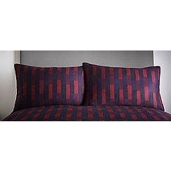 J by Jasper Conran - Kempton berry standard pillowcase
