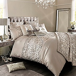 Kylie Minogue at home - Helene nude duvet cover