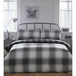 Home Collection - Grey 'Adam' check bedding set