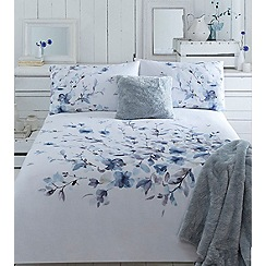 RJR.John Rocha - White 220 thread count 'Watercolour Fleur' duvet cover